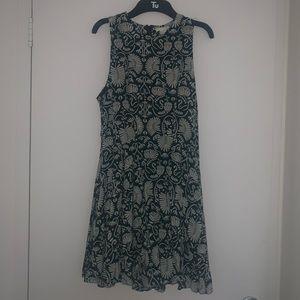 H&M green and white print dress